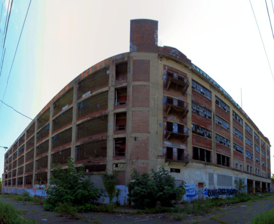 Panorama 3712 hdr pregamma 1 mantiuk08 auto lumina by bruhinb on DeviantArt